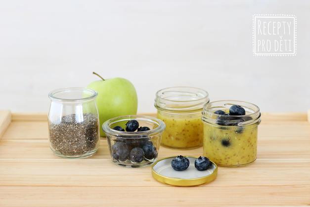 Svačina do skleničky: jablečné smoothie s chia semínky