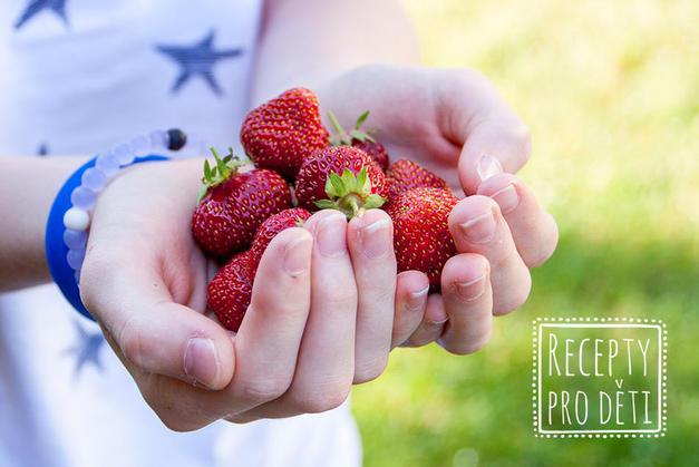 Dozrávají jahody! Kam na samosběr a kde budou jahodové slavnosti?