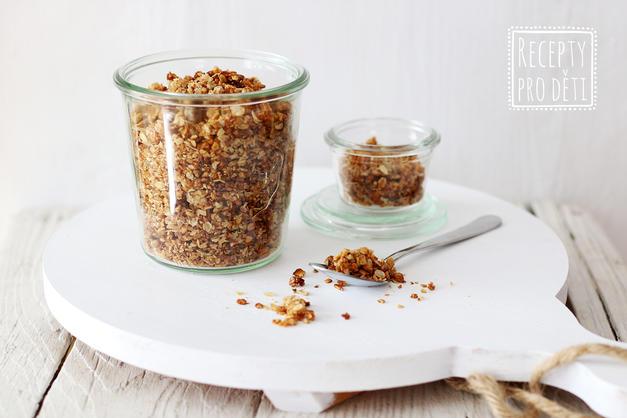Zdravá snídaně nebo svačina? Domácí granola!