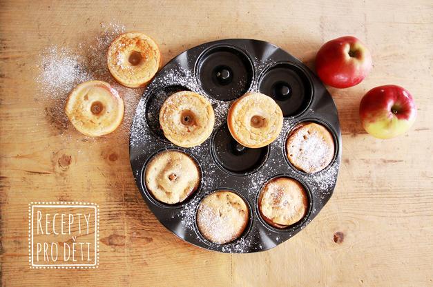 Pečené jablečné donuty nejen na Halloween