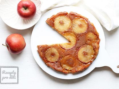 Obrácený jablečný koláč zvaný Tarte Tatin