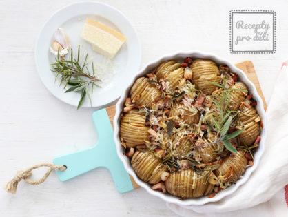 Zapečte si brambory na způsob HASSELBACK